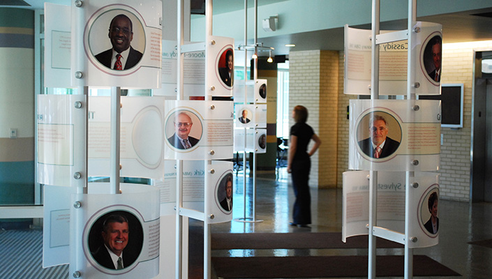 Translucent biographical towers celebrate the accomplishments of successful CSU College of Business alumni.